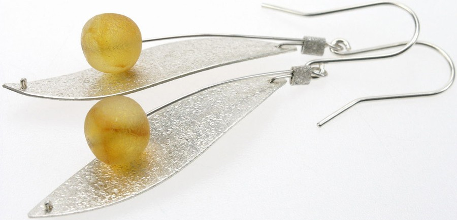 Brushed sterling silver leaves earring with honey baltic amber balls