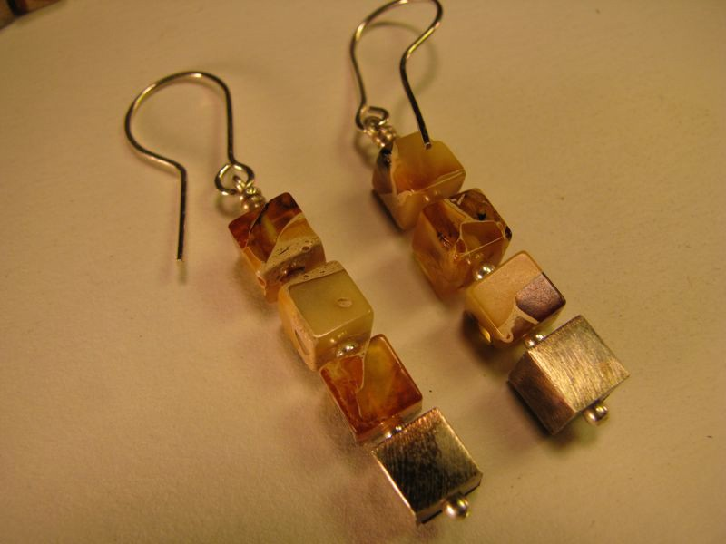 Marbelized Baltic amber cube earring
