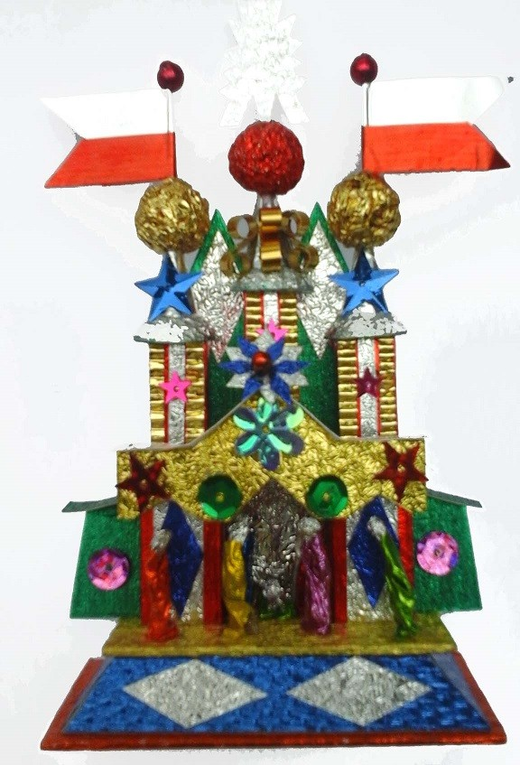 Handmade Krakow foil Nativity with diamonds balls